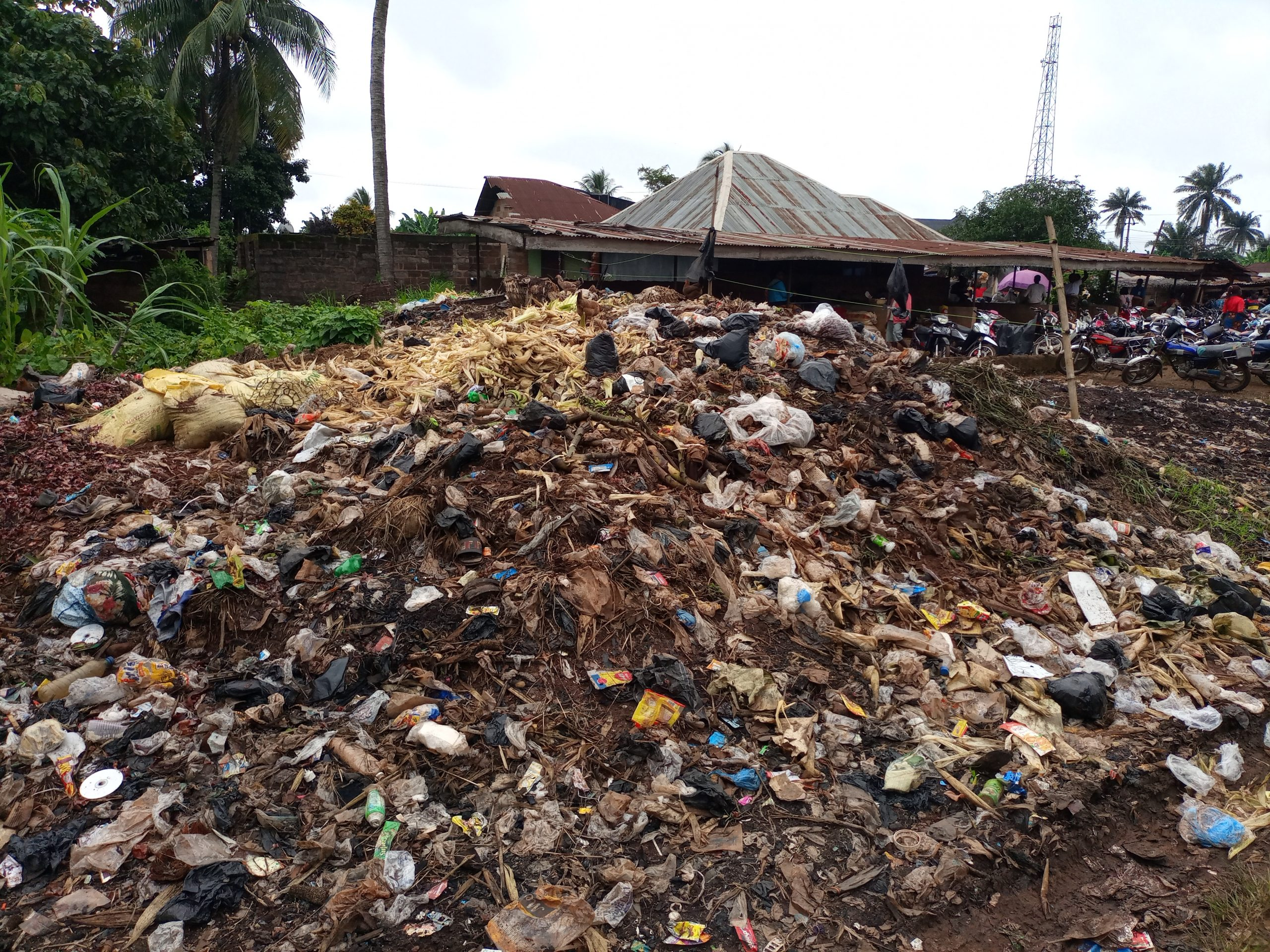 Illegal dump site at Afia-Ogbemai: Resident cries out